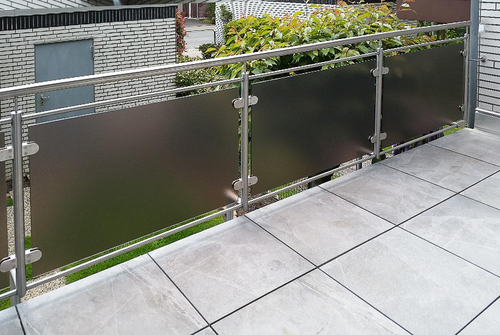 balkonverkleidung mit parsolglas nappenfeld edelstahl schlosserei in mulheim an der ruhr