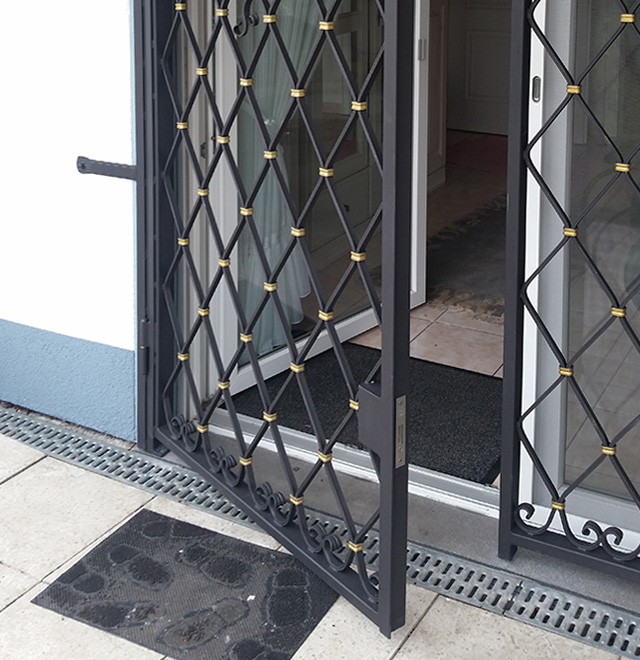 Favorit Einbruchschutz dank Gitter - Nappenfeld Edelstahl Schlosserei in BE79