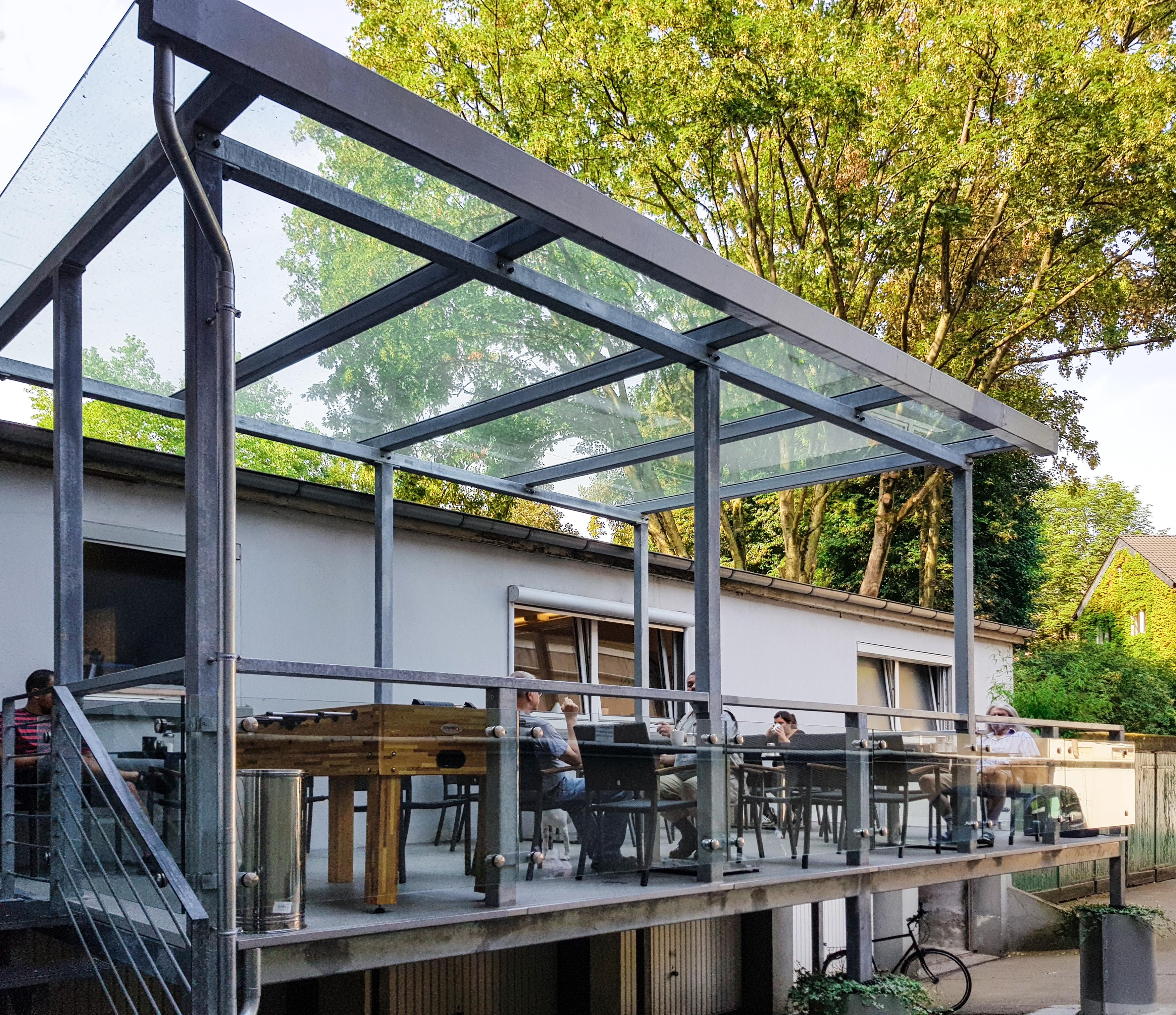 Bevorzugt Überdachter Balkon - Nappenfeld Edelstahl Schlosserei in Mülheim EZ51