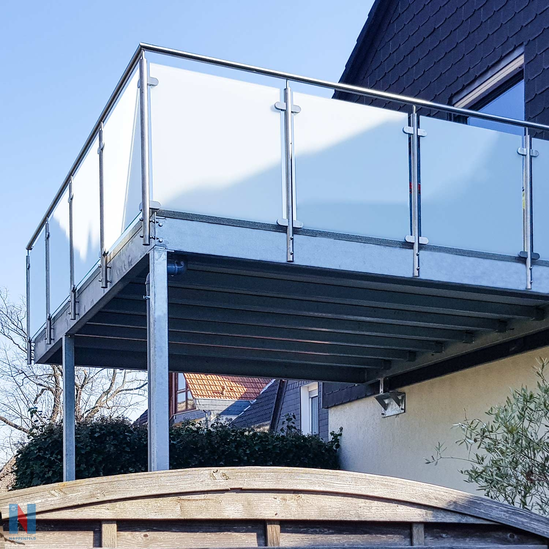 Neuer Balkon: Statik inklusive in Essen, entworfen und gebaut von der Edelstahlschlosserei Nappenfeld aus Mühlheim