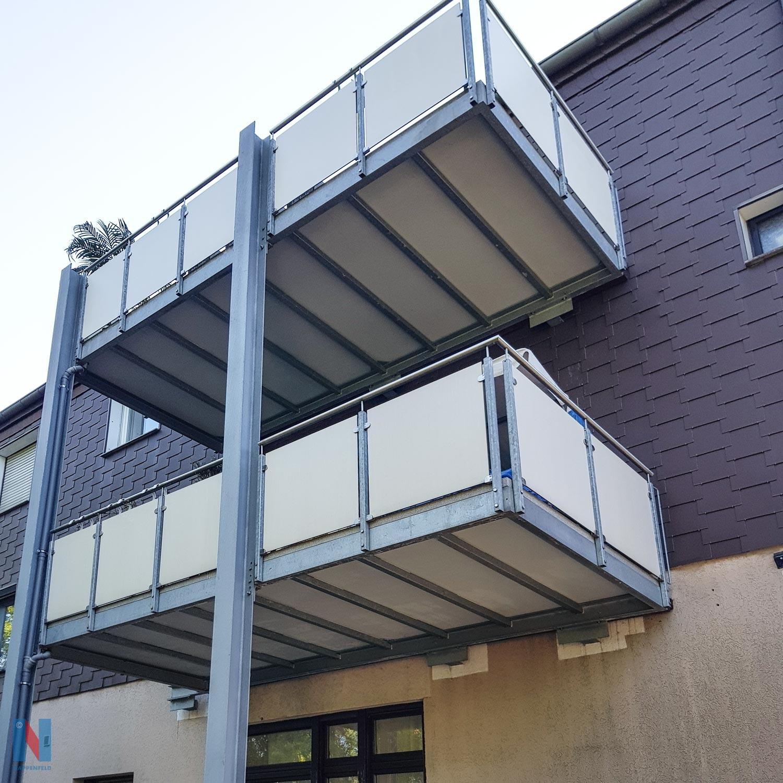 Neue Balkone in Oberhausen, geplant und realisiert von der Edelstahlschlosserei Nappenfeld aus Mühlheim