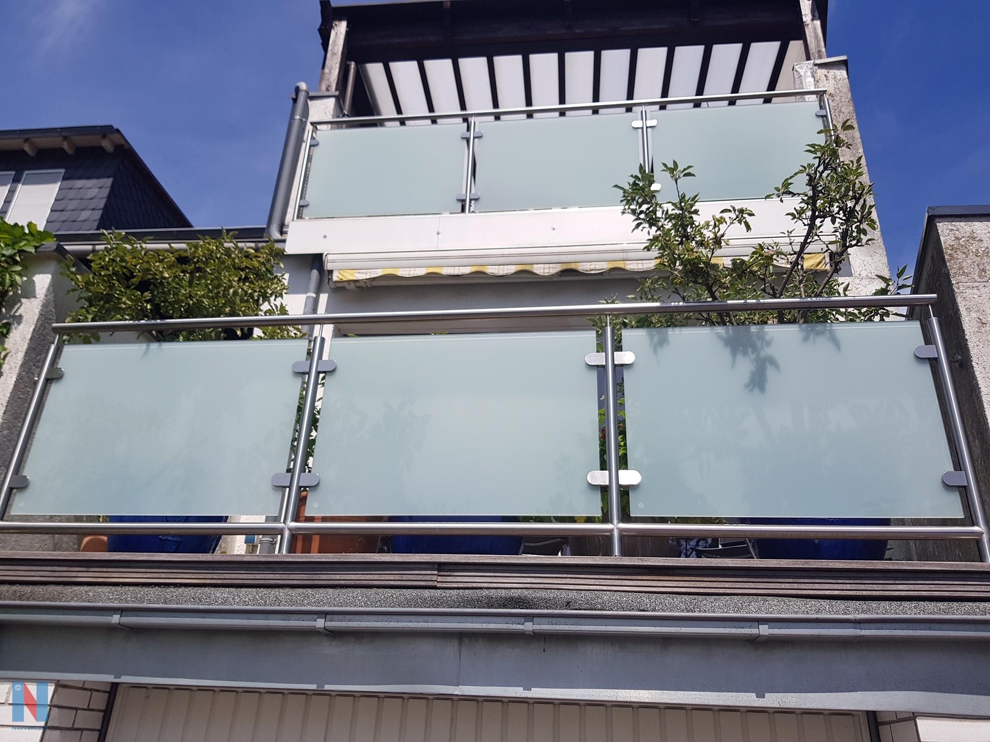 Balkonien im Doppelpack, geplant und umgesetzt von der Edelstahlschlosserei Nappenfeld aus Mülheim