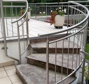 In Essen realisierte die Edelstahlschlosserei Nappenfeld aus Mühlheim eine komplette Terrassenanlage