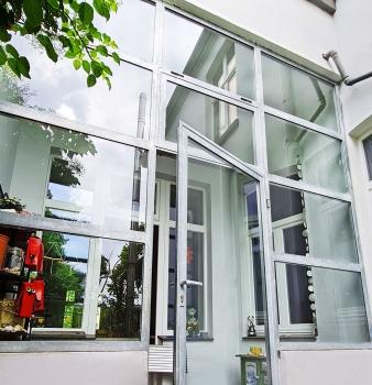 Besondere Anlagenkombination aus Fenster und Tür!
