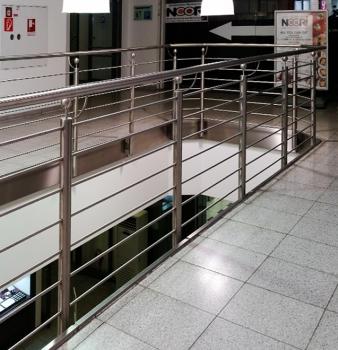 Neues Geländer für Kaufhaus in Dinslaken