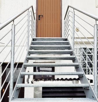 Neue Treppe in Mülheim