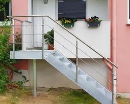 Verzinkte Außentreppe