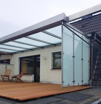 Neues Terrassen-Dach